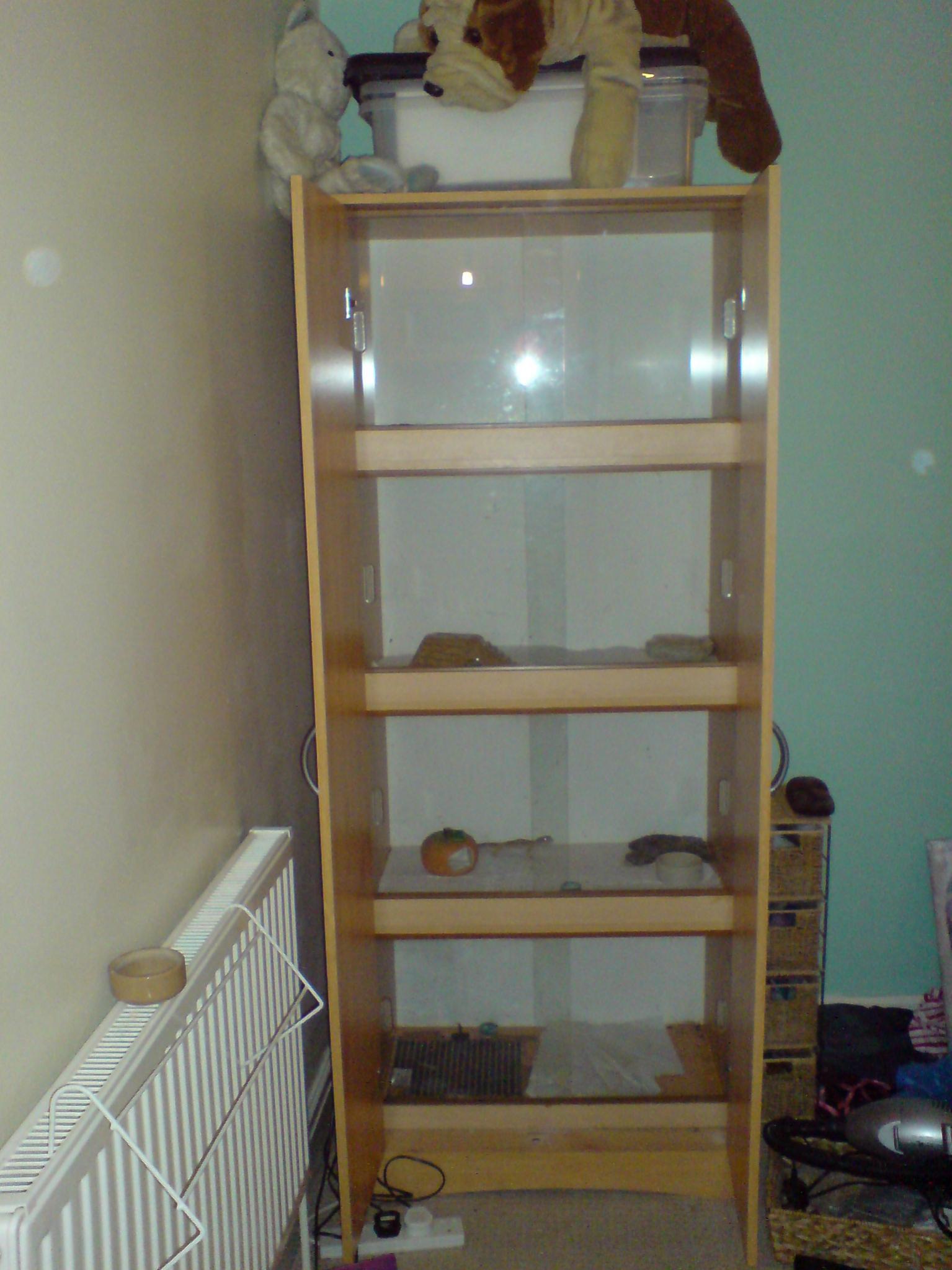 Nw England 4 Vivarium Stack For Sale With Heatmatsglass Doors 4 X