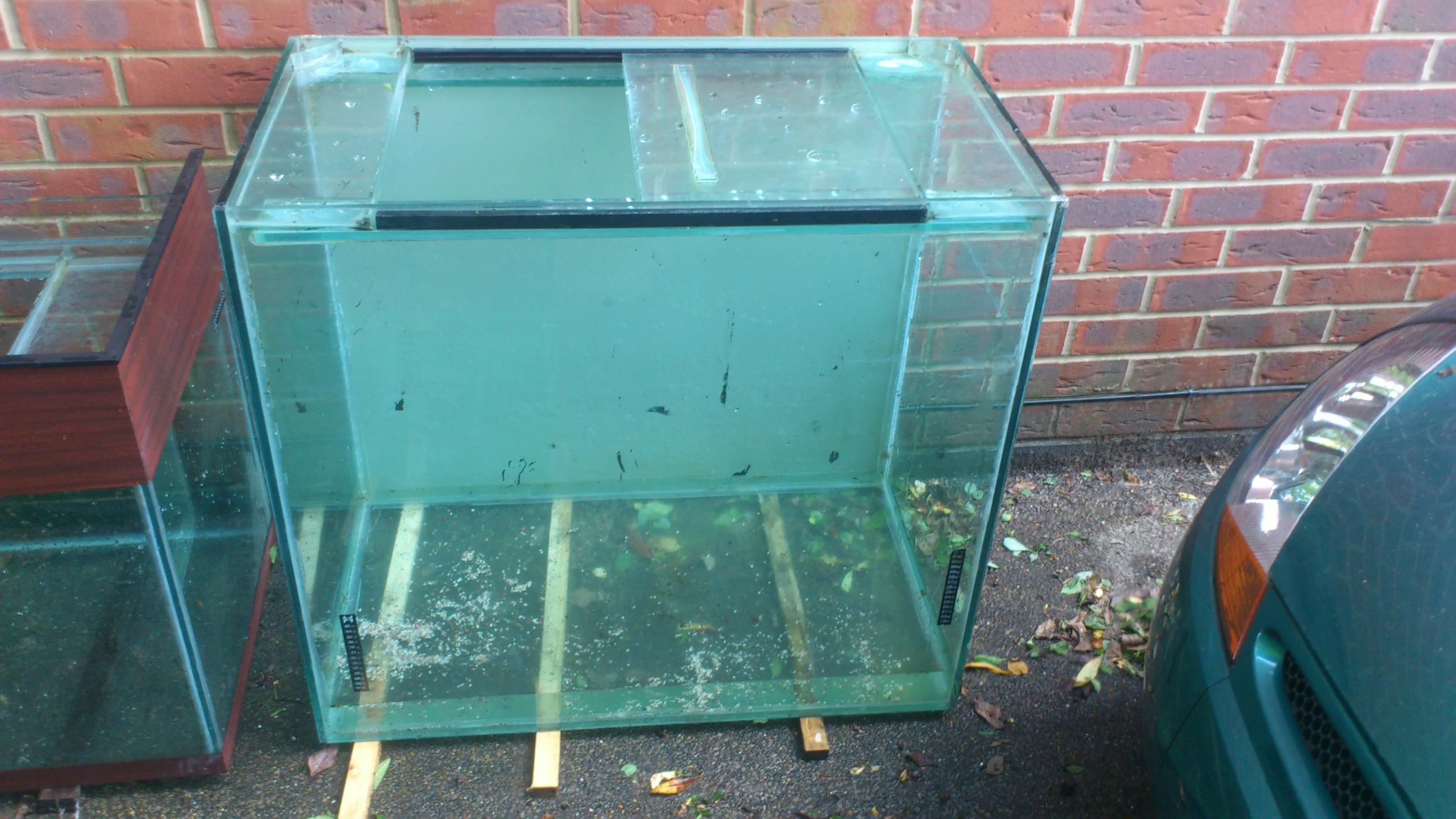 SE England 3 Huge Fish tanks, really cheap! - Reptile Forums