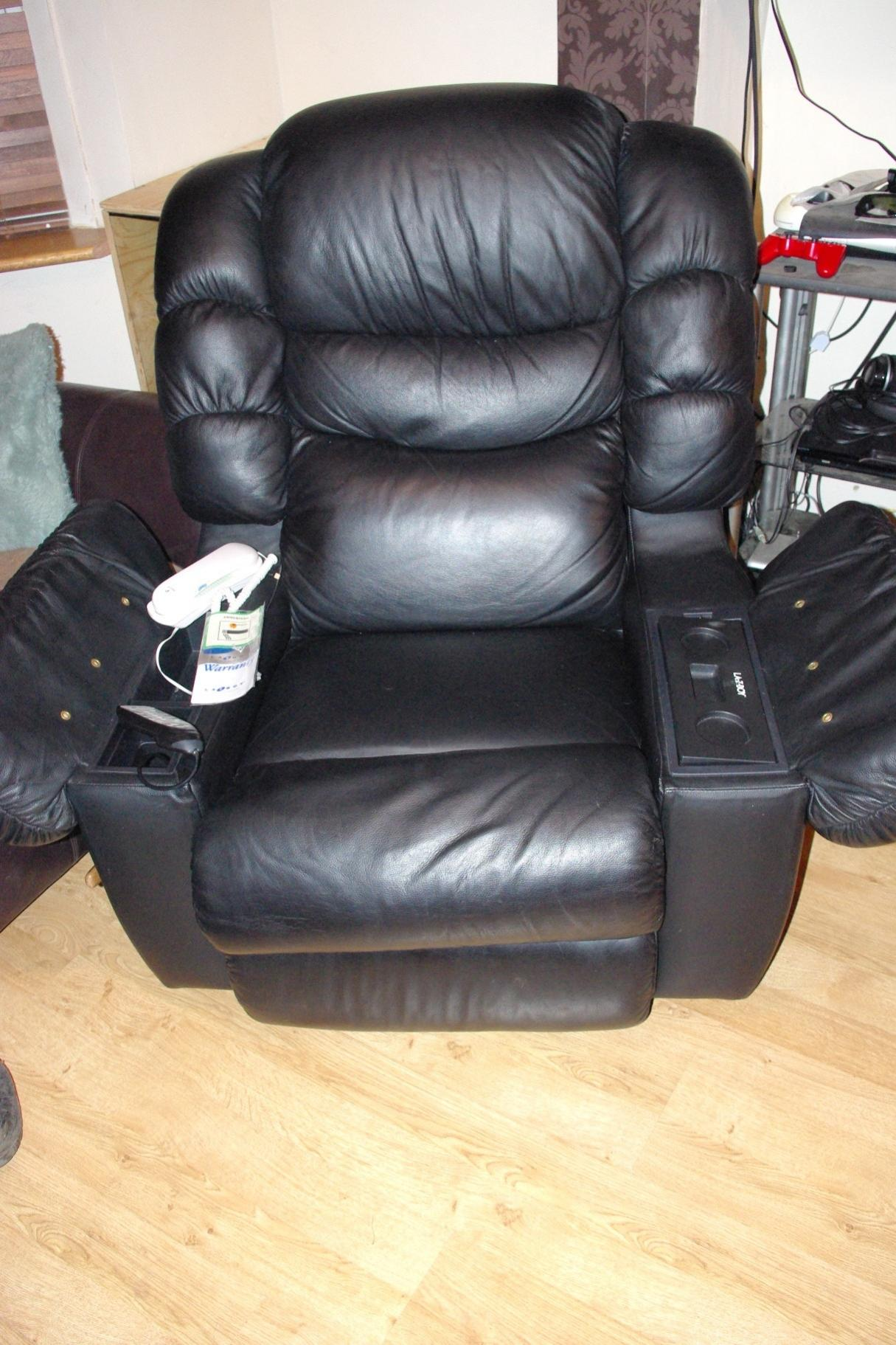 Leather l a z boy recliner with heat massage u0026 beer fridge-l-z-1. & Eastern Leather l a z boy recliner with heat massage u0026 beer ... islam-shia.org